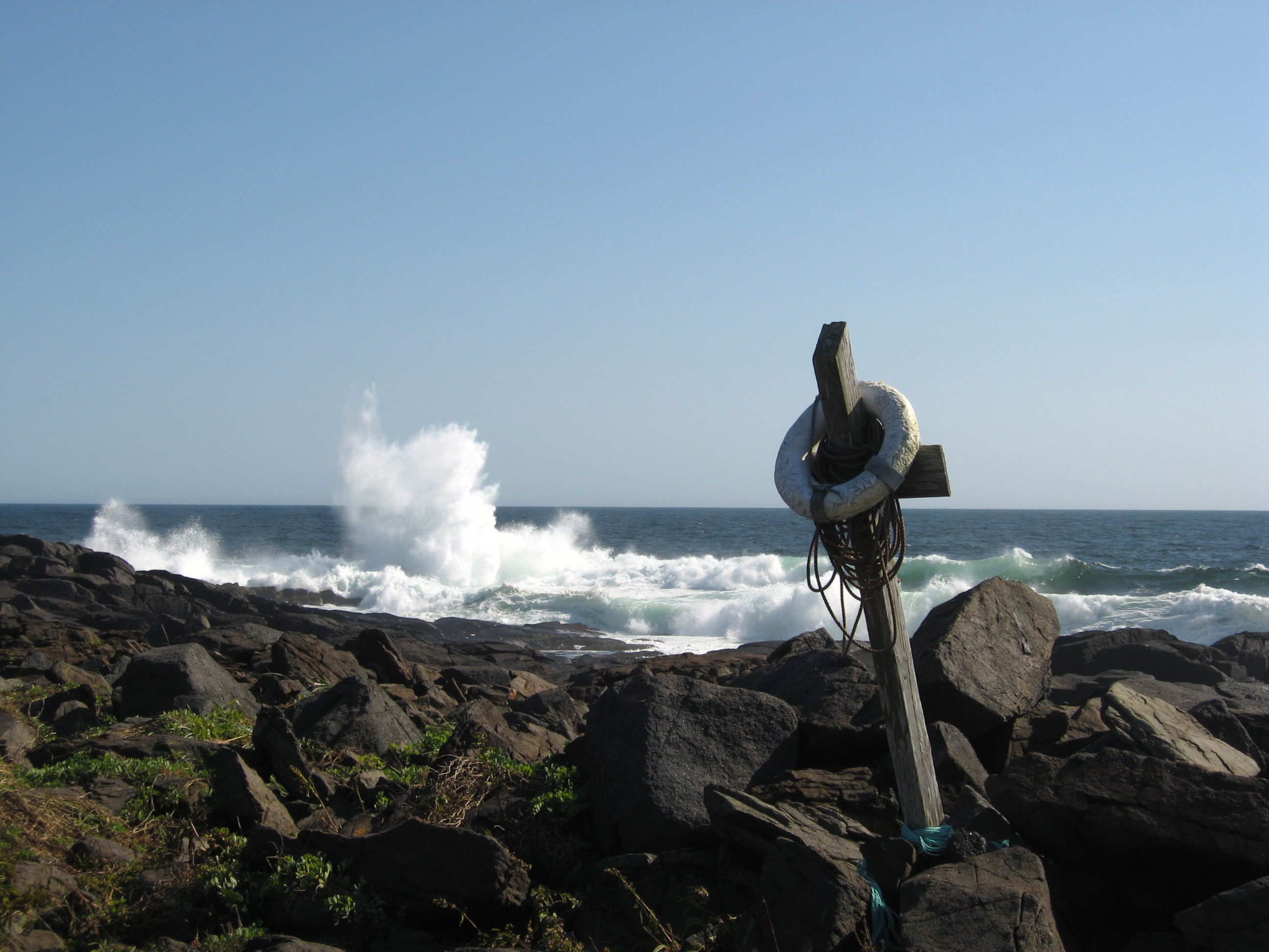 surf at Lobster Cove
